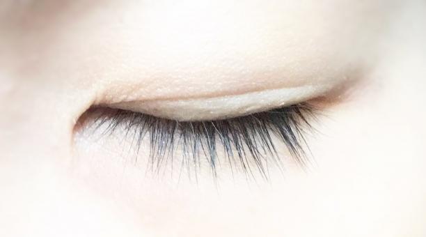ベンゾジアゼピン眼症に効果を感じる。やっぱりメタトロンは続けたい治療だと思った